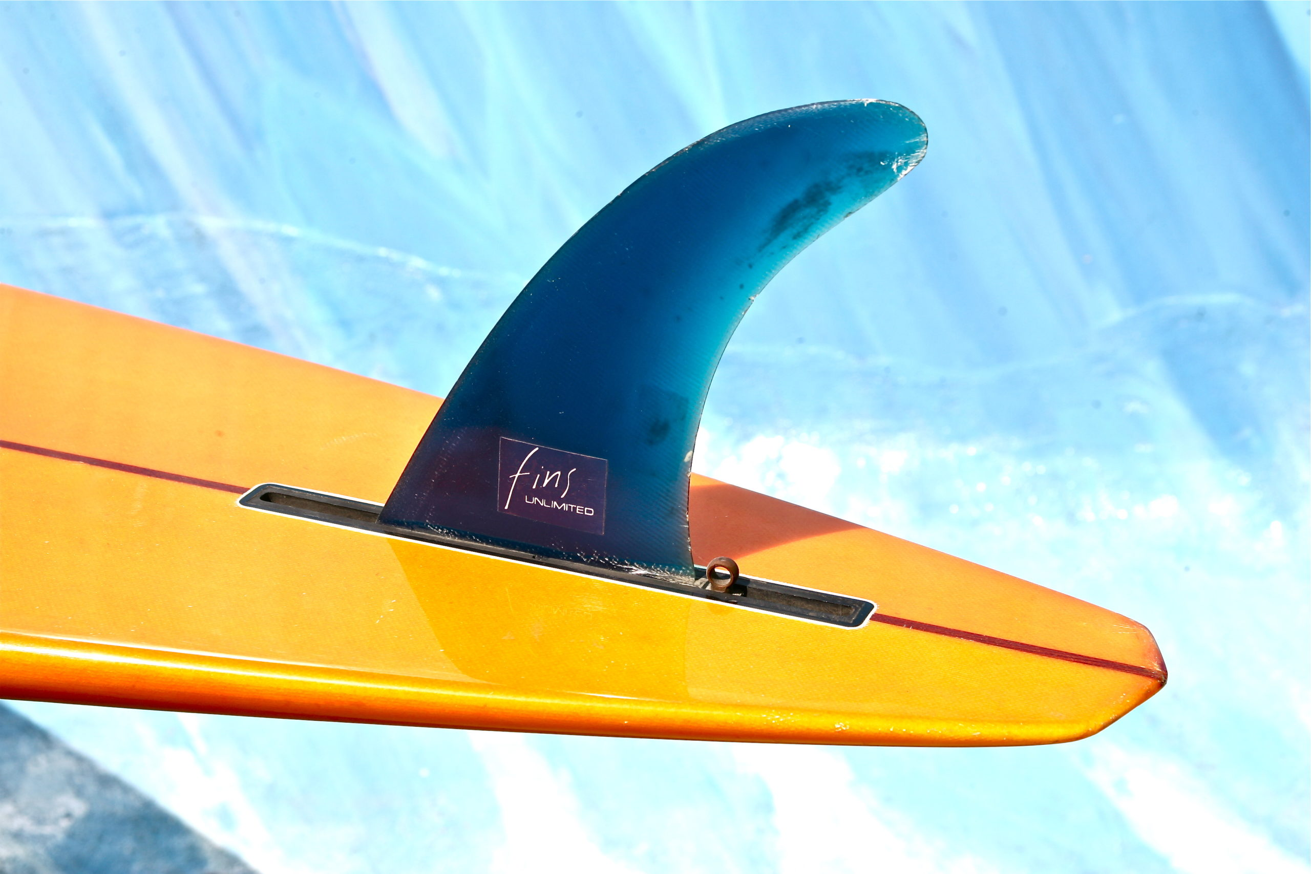 In the photographic catalog offered by Models & Surf, you can get the best surfboard fins